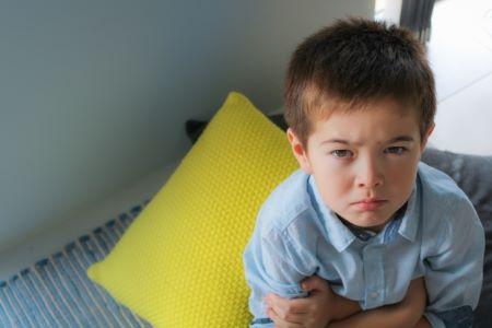 不機嫌な子供の写真